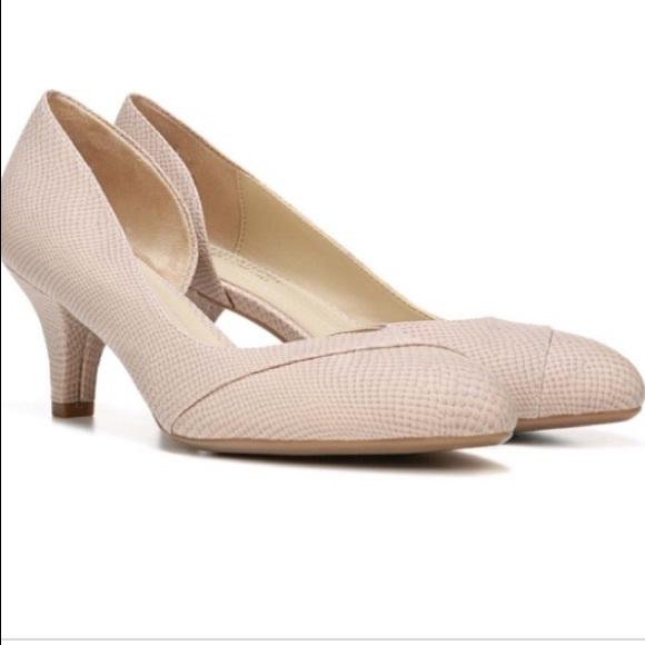 639ae39d96c8 Naturalizer Shoes   Naturlizer N5 Comfort Deva Nude Textured Heel ...